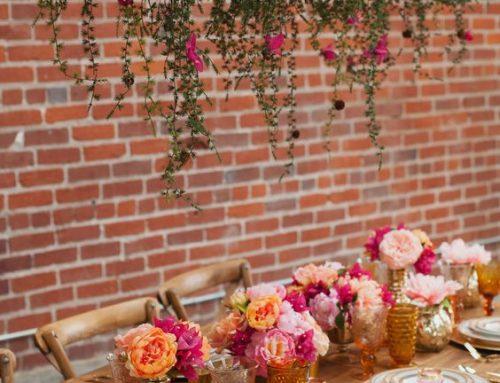 MINI WEDDINGS: A INTIMIDADE DOS CASAMENTOS MINIMALISTAS Quantro elementos que enfatizam os motivos para as festas minimalistas serem tão especiais.