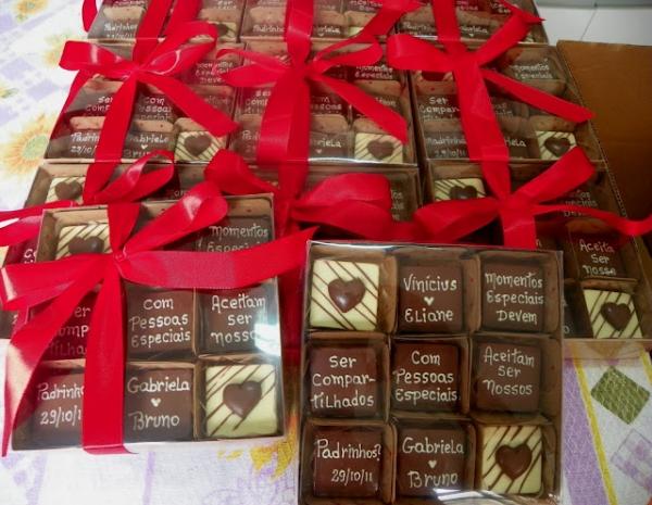 Convite em forma de chocolate