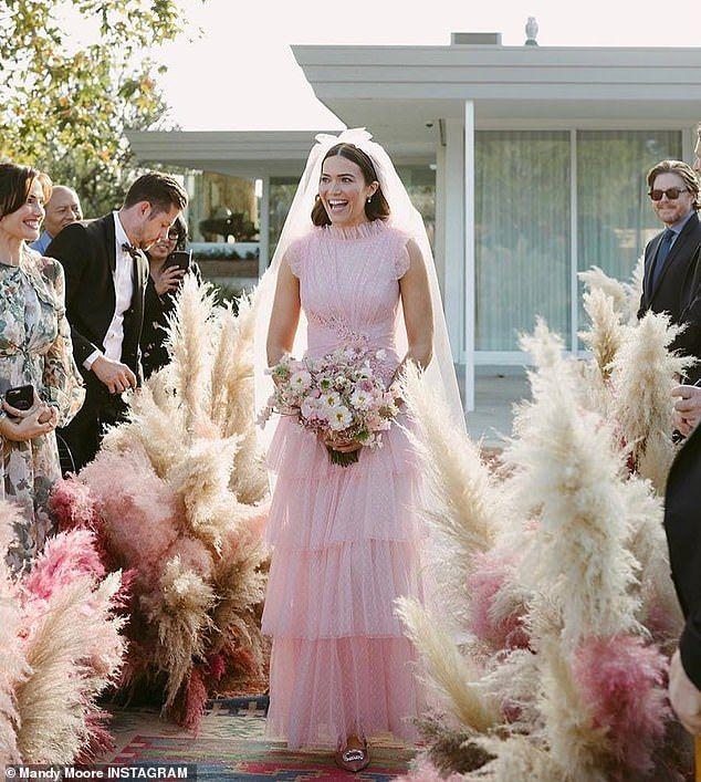 Vestidos de noiva de celebridades: Mandy Moore